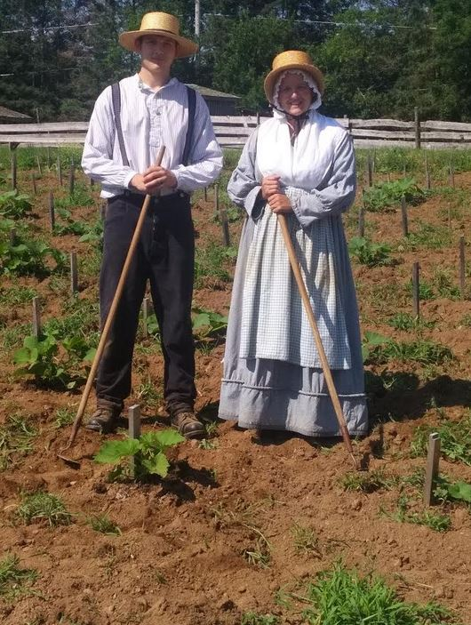 South Shore Notes: A Visit To The Downtown New Ross Farm Museum