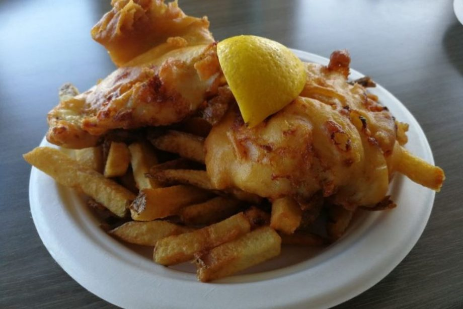 The Halifax Restaurateur: Fish 'N Chips At Sydelle's Still Great