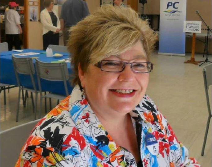 MacPolitics: Tory Janet Fryday Dorey Makes Thanksgiving Weekend Political History – Gives New Meaning To Term 'Bagman'