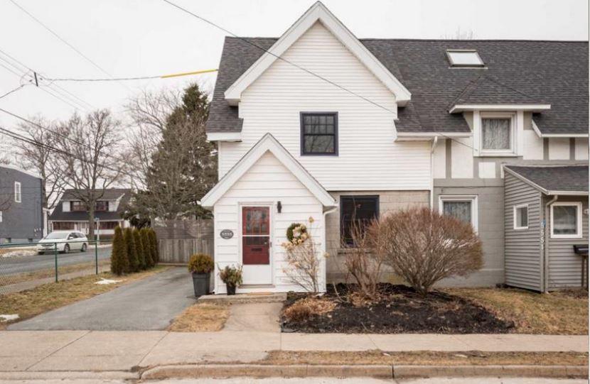Debbie Hum On The $600,000 Hydrostone House Sale