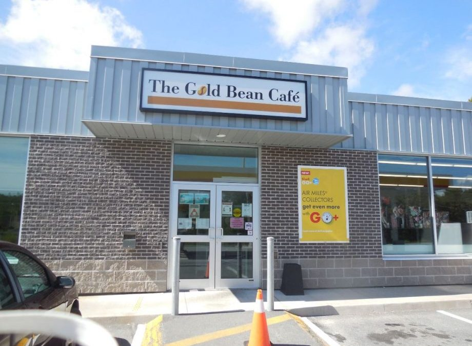 The Gold Bean Cafe: Where Indigenous Folk & The White Man Mingle Happily – A Trip To This Award-Winning Eatery at Gold River First Nation