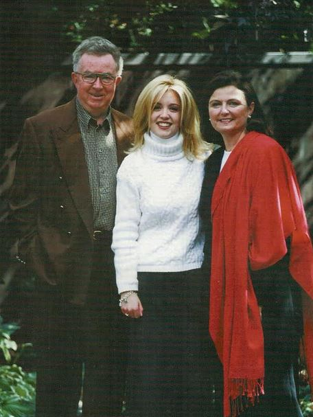 MacPolitics: A Past Holiday Card From Joe Clark, Maureen McTeer & Catherine Clark